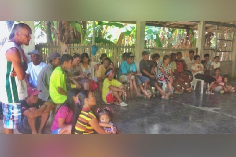 Officers and members of Lilia I Farmworkers Association at Barangay Cadiz Viejo in Cadiz City attend the on-site hands-on training provided by DAR-Negros Occidental recently. (Contributed photo)