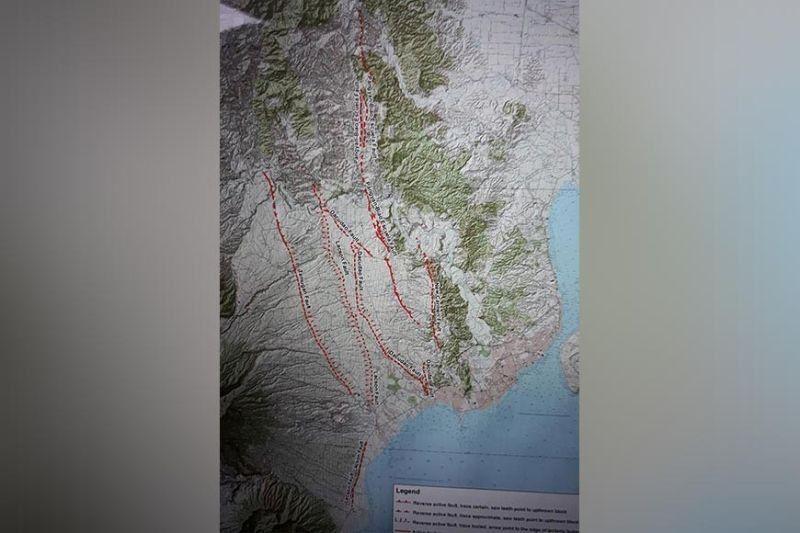 (Mapa sa Phivolcs)