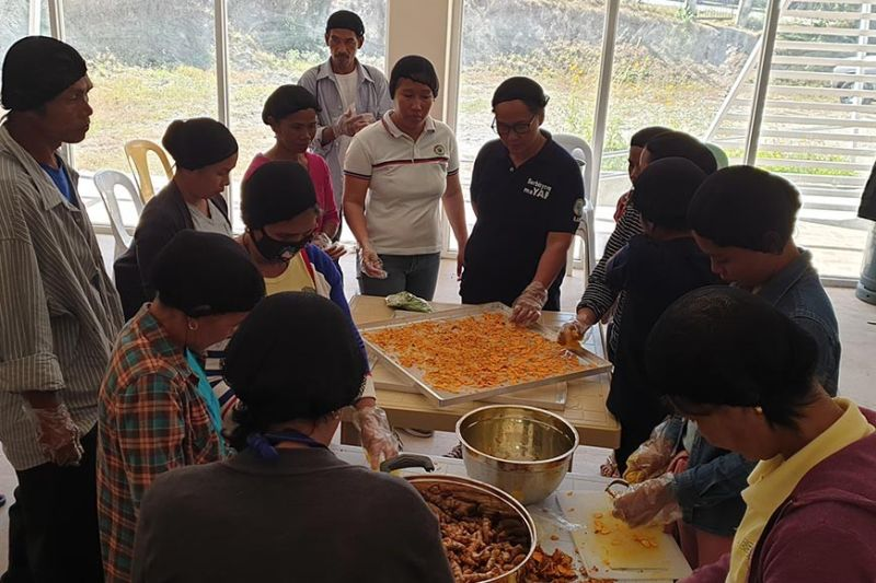 PAMPANGA. About 24 members of Abelling tribe in San Jose, Tarlac finish a two-day skills training seminar on processing of root crops and vegetables through the initiative of Department of Science and Technology. (Contributed photo)