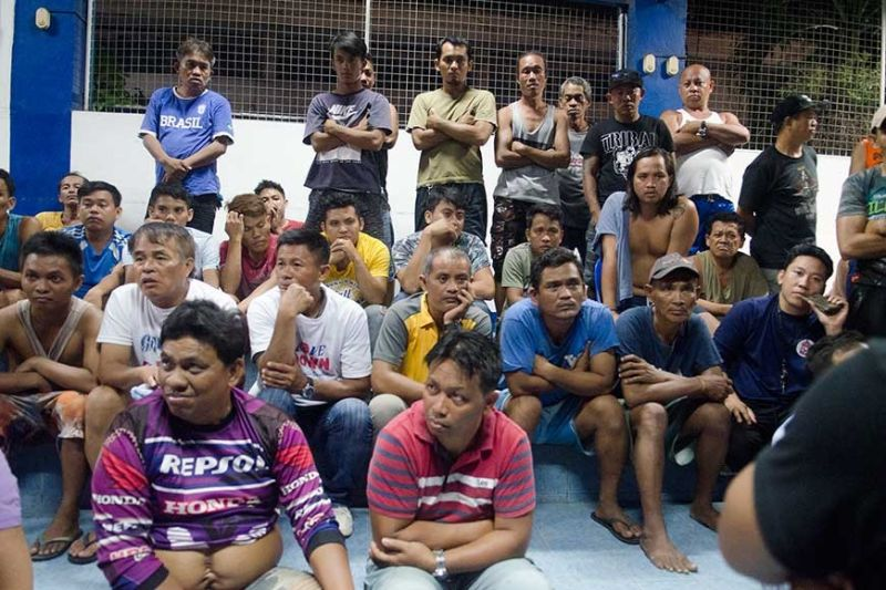 BET ON IT. Some 72 persons will be facing charges for violating Presidential Decree 1602 over their alleged involvement in a high-stakes volleyball game in Barangay Ermita, Cebu City. (SunStar Photo / Alan Tangcawan)