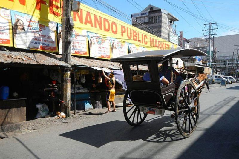 PAMPANGA. The old San Fernando market which Mayor Edwin Santiago said needs to be rehabilitated. (Photo courtesy of Judgefloro/Wikimedia Commons)