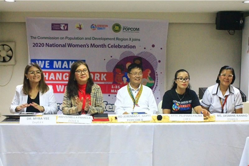 CAGAYAN DE ORO. Dr. Myra Yee, the medical officer of DepEd-Northern Mindanao talks to the media in a press conference conducted by the Population Commission on Monday, March 9. (Contributed photo)