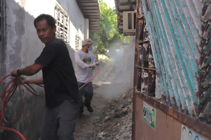 PAMPANGA. The Municipal Government of Samal conducts municipal-wide disinfection as preemptive measure against the coronavirus disease. (Contributed photo)