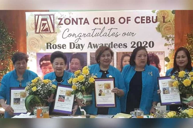 ROSE AWARDEES. Awarded by Zonta Club of Cebu 1 last March 8: Ma. Luna Mendez, Lucy Segura, Stella Bernabe, Ma. Teresa Chan with Zonta 1 president Minnie Yuvienco. They were cited for loyalty and endurance in service and advocacy. Another awardee was Zonta past president Chabeng Garcia.
