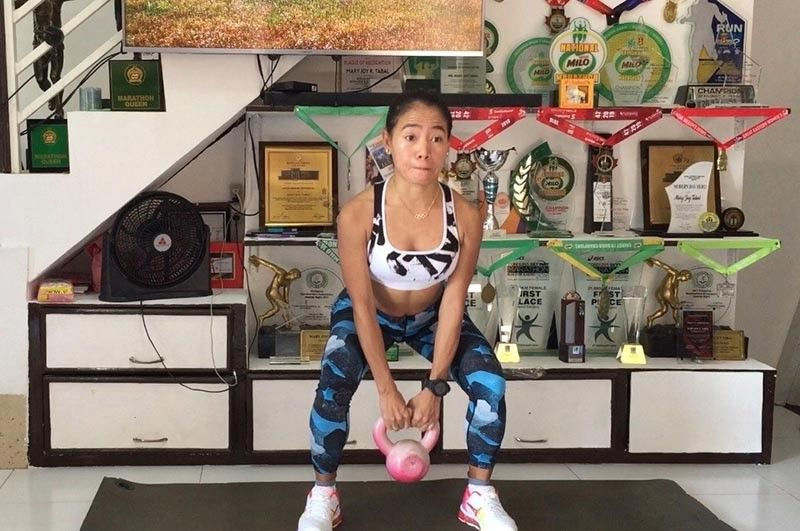 CEBU. Rio Olympian Mary Joy Tabal keeps a healthy fitness regimen while under home quarantine. Mary Joy Tabal photo