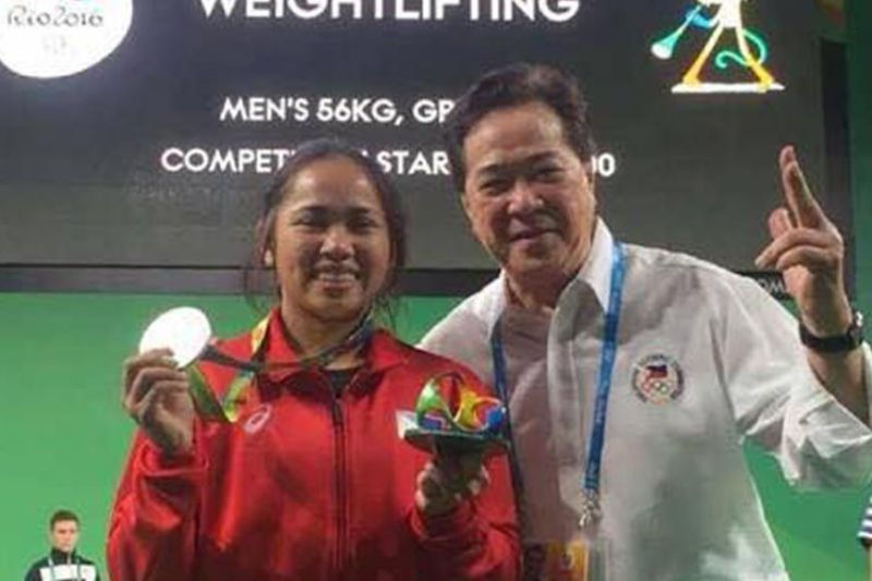 SWA president Monico Puentevella with Olympian Hidilyn Diaz. (MOP FB Photo)