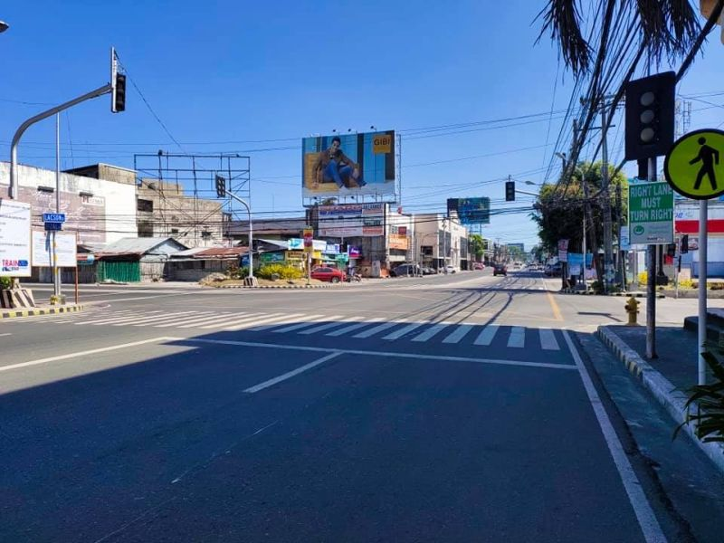 BACOLOD. The San Sebastian-Araneta road in Bacolod City looks like an abandoned street during the first day of the implementation of the