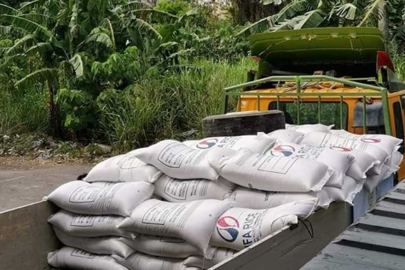 BACOLOD. Some of the government rice procured from the National Food Authority - Negros Occidental and are given as subsidy to local government units due to Covid-19 crisis. (Contributed Photo)