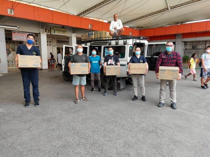 DAVAO. Health personnel in Southern Philippines Medical Center accept the personal protective equipment and other medical kits donated by Generous Davao. (Henry Tejamo)