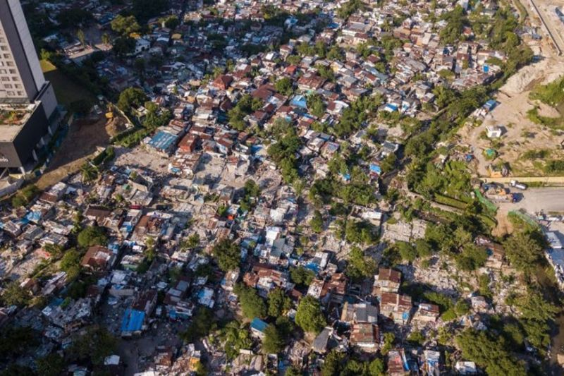 MANILA. Sitio San Roque in Barangay Bagong Pag-asa in Quezon City is an urban poor community of around 6,000 in North Triangle. (Photo from Save San Roque Twitter)