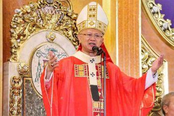 CEBU. Archbishop of Cebu Jose S. Palma leads the Palm Sunday Mass from the Cebu Metropolitan Cathedral Sunday, April 5, 2020. (Amper Campana) onerror=