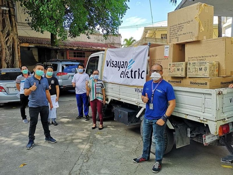 SPREADING POSITIVE ENERGY. The Visayan Electric Company turns over several medical supplies to the staff. (Contributed photo)