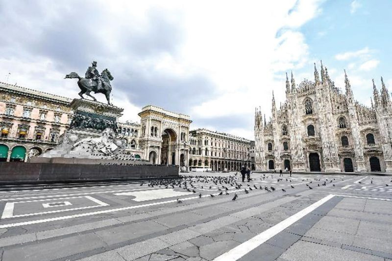 DESERTED, BUT NOT BY HOPE. The Duomo square in Milan, Italy, is practically deserted, except for pigeons, on March 15, 2020, with most people staying home on government's orders, as the country grapples to slow down the spread of the new coronavirus that has claimed thousands of lives. (AP photo)