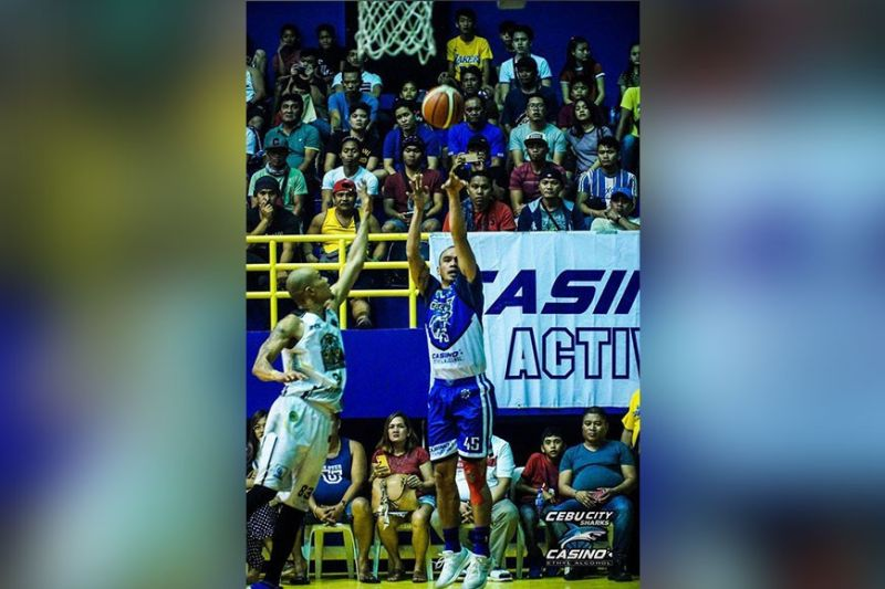 """Gayford Rodriguez, seen here playing for Cebu-Casino Ethyl Alcohol in the 2019 MPBL season, is widely considered as Cebu basketball's biggest """"what-if."""" (Cebu-Casino Ethyl Alcohol)"""
