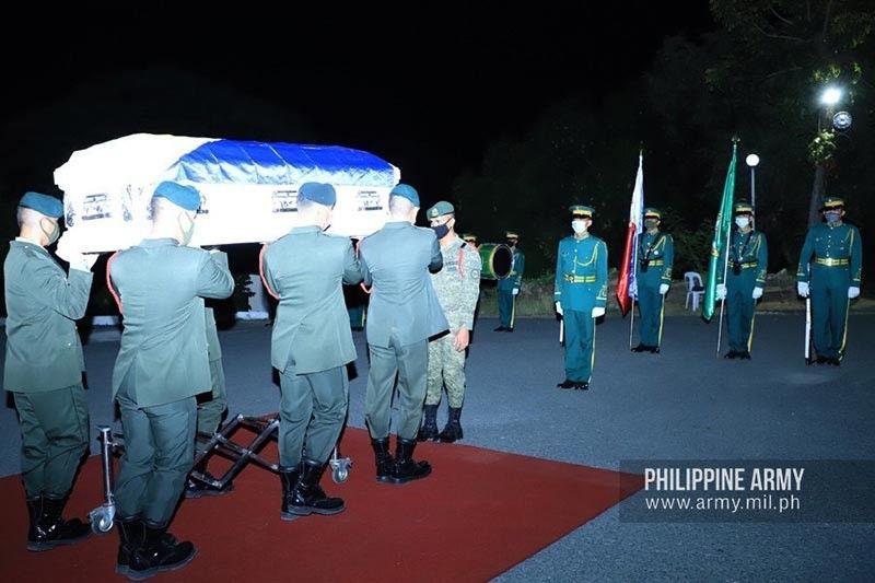 Former Army soldier Winston Ragos laid to rest at the Libingan ng mga Bayani, Sunday afternoon, April 26.