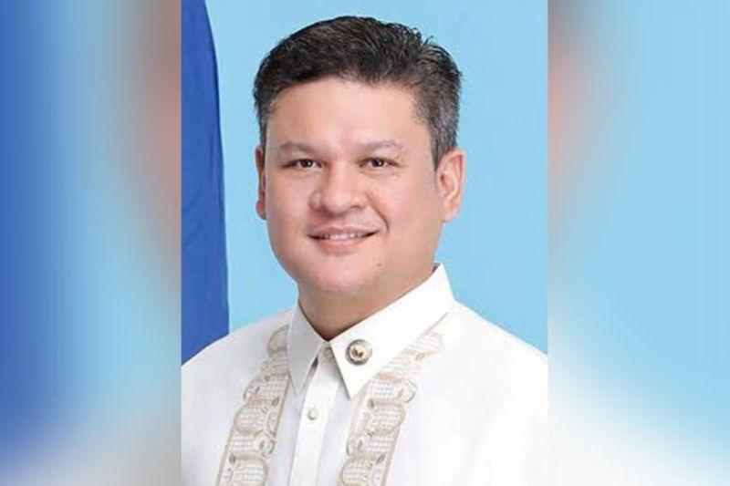 DAVAO. Si Davao City First District Congressman Paolo