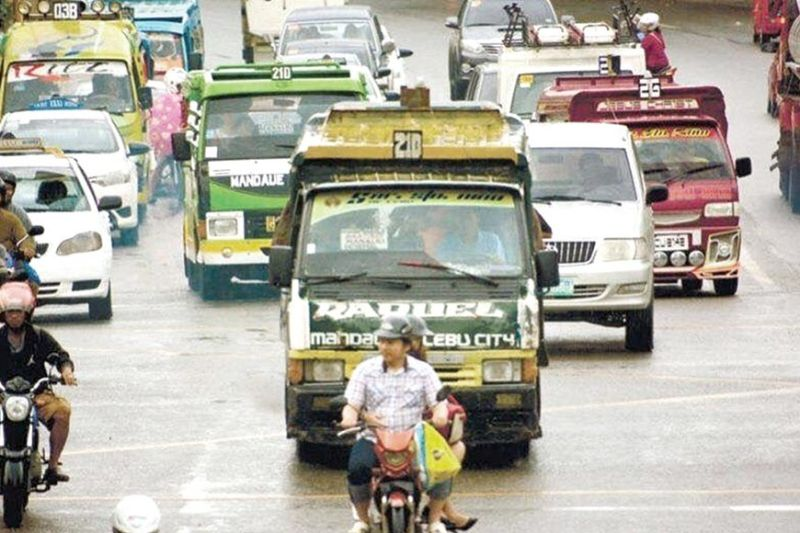 MANDATORY TESTING. Senator Grace Poe proposes mandatory Covid-19 testing for all public utility vehicle drivers once a general community quarantine will be declared. (SunStar file)
