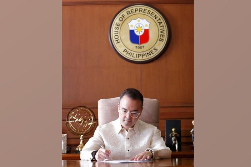 Photo from Alan Peter Cayetano's Facebook