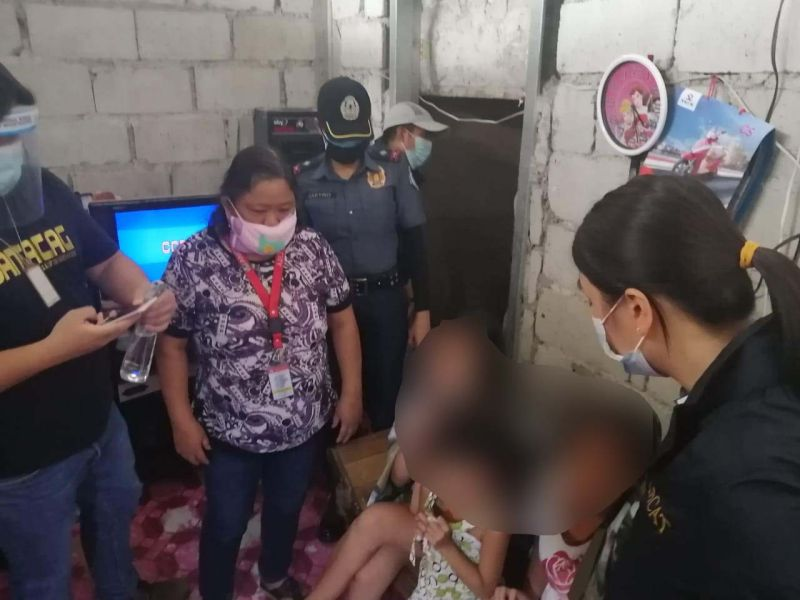 PAMPANGA. Officials from the Philippine National Police-Women and Children Protection Center and the National Bureau of Investigation Anti-Human Trafficking Division conducted a joint operation and rescued 3 children. (Contributed photo)
