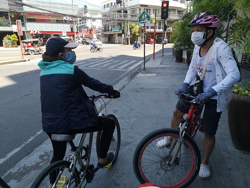 DAVAO. Due to the limited public transportation during the Covid-19 pandemic, more Dabawenyos are turning to bikes to get to where they need to be. However, as the demand increases, the supply is slowing down due to the impacts of the pandemic. (Macky Lim)