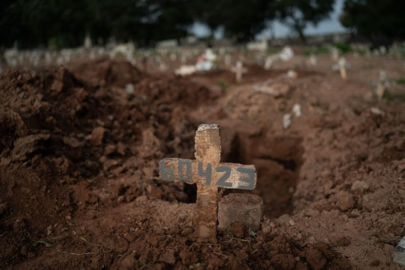 BRAZIL. A cross marks the grave of 57-year-old Paulo Jose da Silva, who died from the new coronavirus, in Rio de Janeiro, Brazil, Friday, June 5, 2020. (AP)