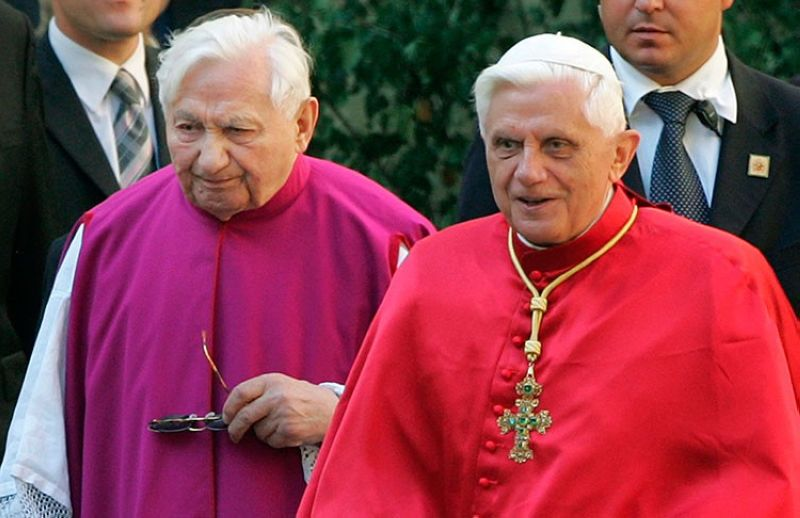GERMANY. In this September 13, 2006 file photo, Pope Benedict XVI (right) walks with his brother priest Georg Ratzinger in Regensburg, southern Germany. (AP)