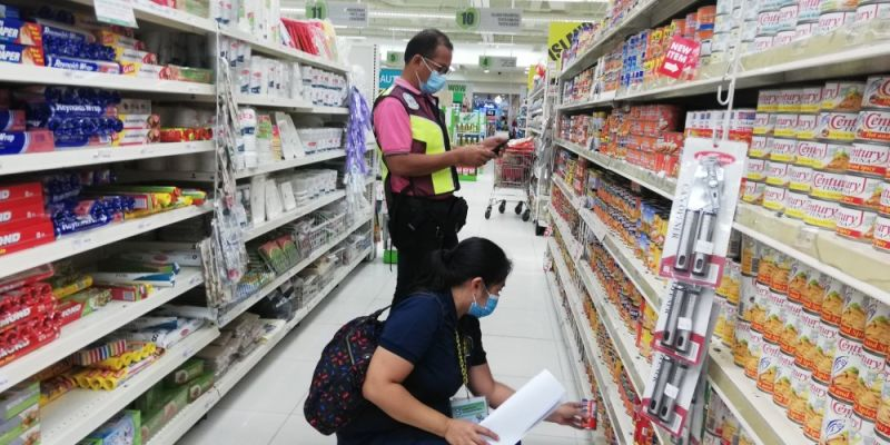CAGAYAN DE ORO. City Veterinary Office has confiscated and sealed several pork-based canned goods and hot meat in a mall supermarket in Cagayan de Oro on Wednesday, July 8. (Photo by City Veterinary Office)