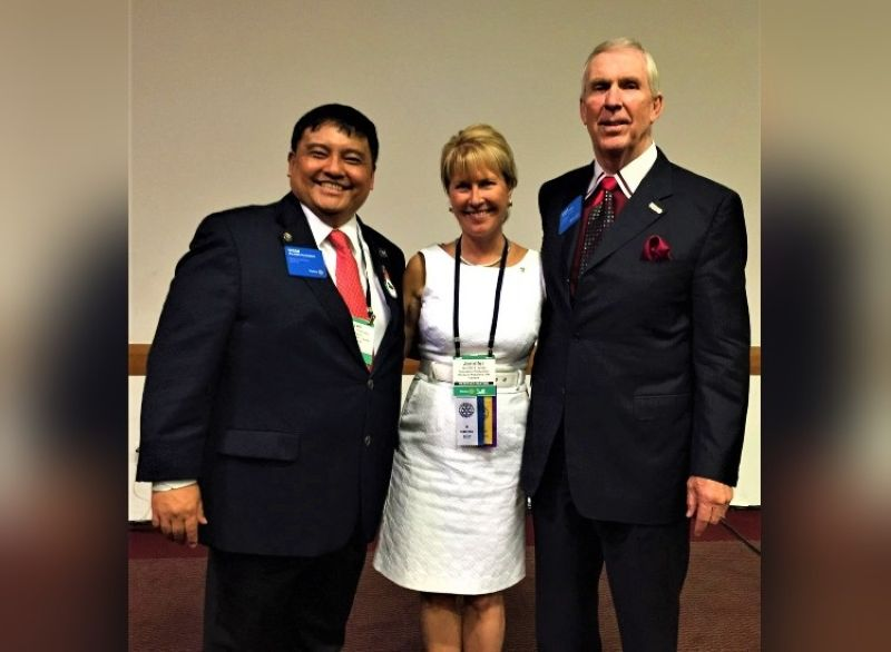 BAGUIO. Jennifer Jones, the Rotary International (RI) president nominee for 2022 to 2023 and RI Director Steve Snyder. Photo taken in Sao Paulo, Brazil during the 2015 RI Convention. (Contributed photo)