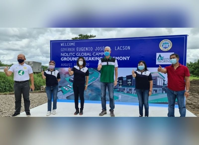 TALISAY. Governor Eugenio Jose V. Lacson (4th from left) with NOLITC Administrator Dr. Ma. Cristina Basa-Orbecido (5th) and staff (2nd and 3rd) Provincial Administrator Rayfrando Diaz (extreme right) and Provincial Engineer Ernie Mapa at the site or the NOLITC Global Campus in Hacienda Mana-ul, Brgy. Matab-ang, Talisay City. (Photo by Carla N. Cañet)