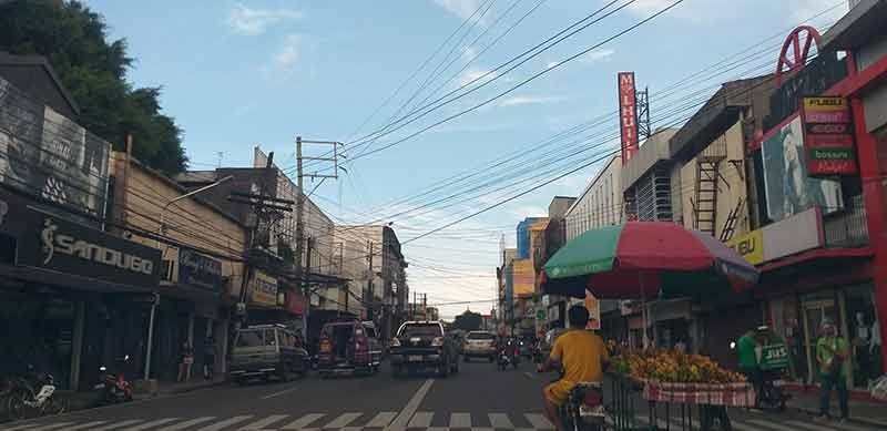 BACOLOD. Over 700 enterprises, mostly micro scale, in Negros Occidental have closed down due to the prevailing coronavirus disease pandemic. (Erwin P. Nicavera)