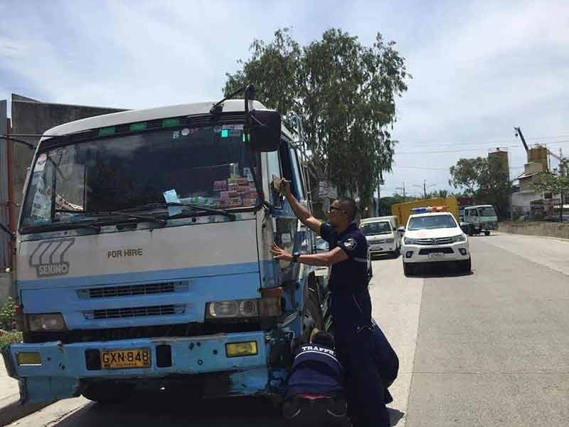 VIOLATORS. According to Arnold Malig-on, operations head of the Traffic Enforcement Agency of Mandaue, more than 100 drivers have been apprehended since the City reintroduced the truck ban on Monday, Oct. 5, 2020.  / Contributed,TEAM