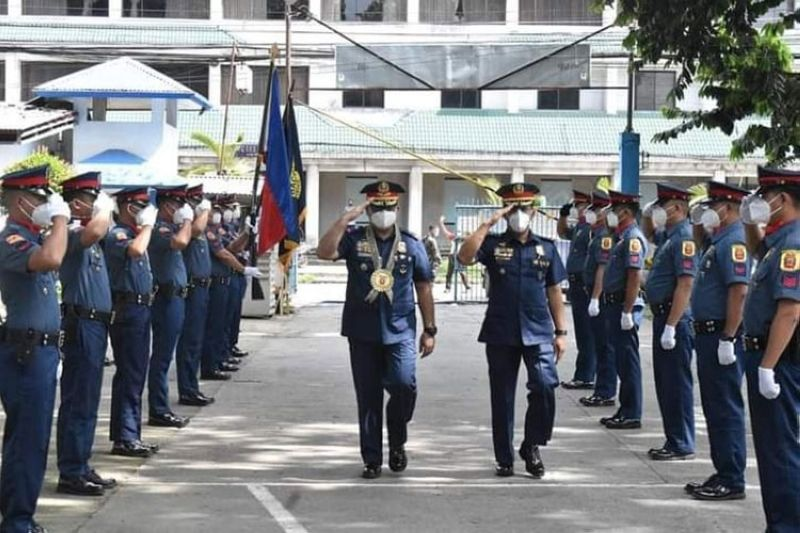 BACOLOD. Police Colonel Patrick Villacorte, deputy regional director for Administration of Police Regional Office-Western Visayas, visits BCPO on October 23, 2020. Villacorta reminds all the station commanders to develop a standard police station as part of the