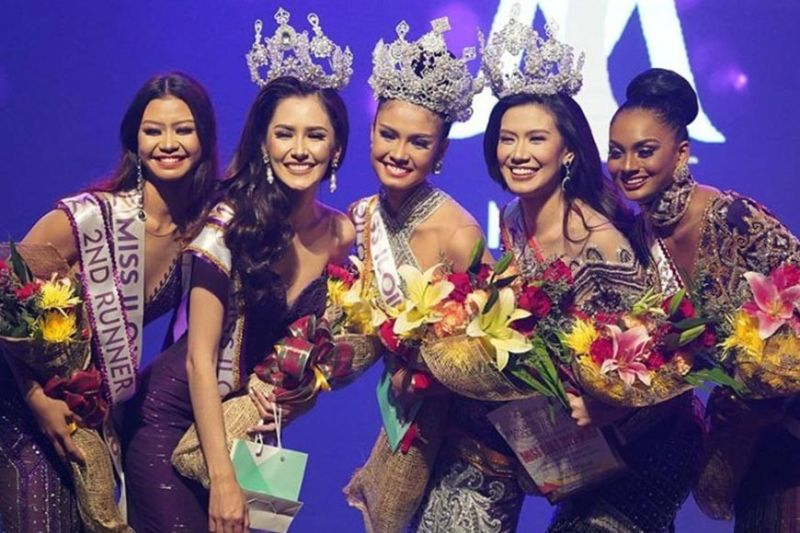 MISS ILOILO 2020, WHERE IT ALL STARTED. Miss Iloilo 2020 poses for pictures during the pageant coronation night on Thursday, January 23, 2020, held at West Visayas State University Cultural Center in Iloilo City. (L-R) Second runner-up Sharamie Solocio of Santa Barbara, Iloilo; Miss Iloilo Binibini 2020 Karen Laurrie Bano Mendoza of Concepcion, Iloilo; Miss Iloilo Universe 2020 Rabiya Mateo of Balasan; Miss Iloilo World 2020 Ann Roxal Palmares of Mandurriao District, Iloilo City; and first runner-up Kheshapornam Ramachandran of Bo. Obrero, Lapuz. (Photo by Leo Solinap)