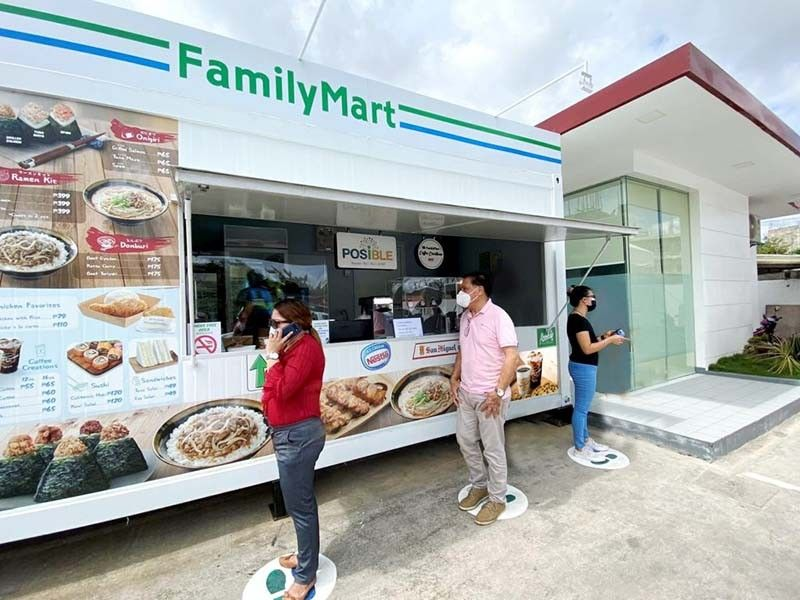 NEW FORMAT. FamilyMart has made a successful comeback in Cebu through its new retail format for limited retail areas of 15 square meters to 20 square meters. It initially opened three branches in strategic locations in Cebu in Phoenix V. Rama, Phoenix Banilad, and a standalone store in Banawa. / CONTRIBUTED, PHOENIX