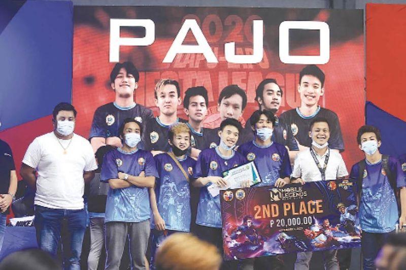 MOBILE LEGENDS: Ang Barangay Pajo maoy 2nd placer sa Mobile Legends Tournament nga gipahigayon sa Hoops Dome sa Lapu-Lapu City ning bag-uhay lang. (ALAN TANGCAWAN)