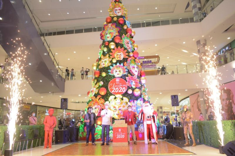 BACOLOD. SM Bacolod's Giant Masskara-themed Christmas Tree launched by Negros Occidental Governor Eugenio Jose Lacson, Bacolod City Councilor Israel Salanga, and SM Bacolod Mall Manager George Jardiolin. (Contributed photo)
