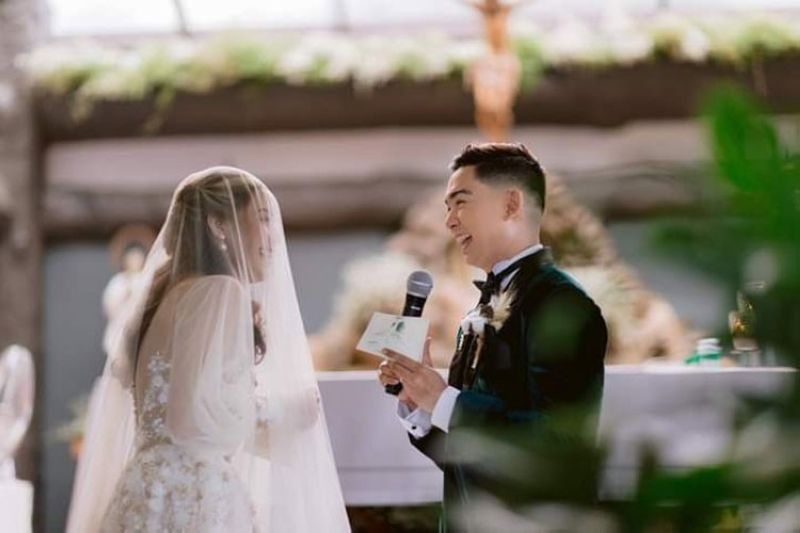 WHEN TWO HEARTS BEAT AS ONE. This is reckoned as the wedding of the year in the Province of Negros Occidental as Adrian Prietos (Bobe) ties the knot with Louise Lian Enumerable. (Photo by Maclaine Lights and Shadows)