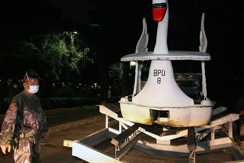 PARK BOATS TO THE RESCUE. Boating concessioners at Burnham Park lend boats to the Baguio City Police Office (BCPO) and Police Regional Office-Cordillera to be used for