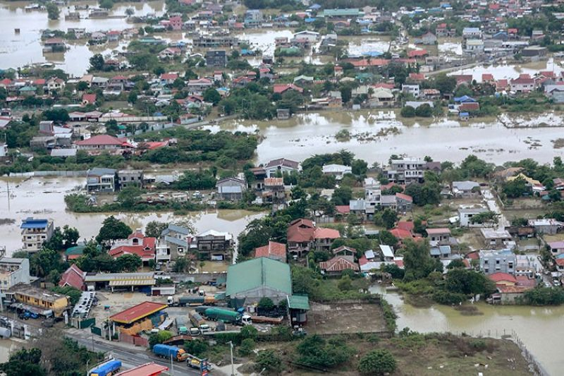 CAGAYAN. In this photo provided by the Malacanang Presidential Photographers Division, houses are surrounded by floodwaters brought about by Typhoon Ulysses inundate Cagayan Valley in northern Philippines on Sunday, November 15, 2020. (AP)