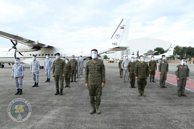 MANILA. Five teams of military doctors, nurses and medical aides leave for Davao City on Monday, November 23, 2020. (Armed Forces of the Philippines)