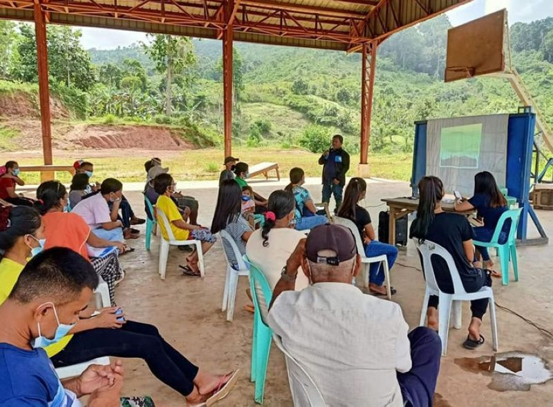 ZAMBOANGA. The Department of Agriculture-Special Area for Agricultural Development (DA-Saad) program has conducted a technical training on coffee production and free-range native chicken raising to capacitate members of the Nacibac Mountainside Farmers Association on proper management on coffee and native chicken. A photo handout shows one of the resource speakers discussing methods in coffee production with participants of the training held Wednesday, November 25, 2020. (SunStar Zamboanga)