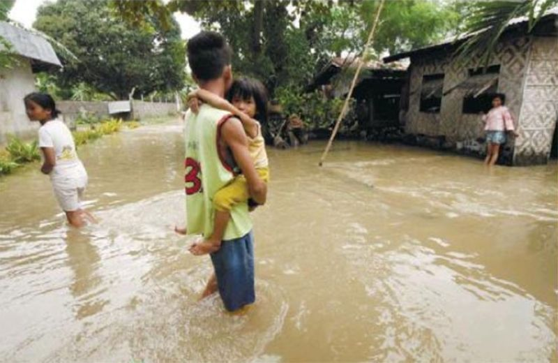 IDENTIFYING SUSCEPTIBLE AREAS. The Mines and Geosciences Bureau 7 has been encouraging local government units since September to check their geohazard maps to determine which areas are prone to flooding and landslides. (File photo)