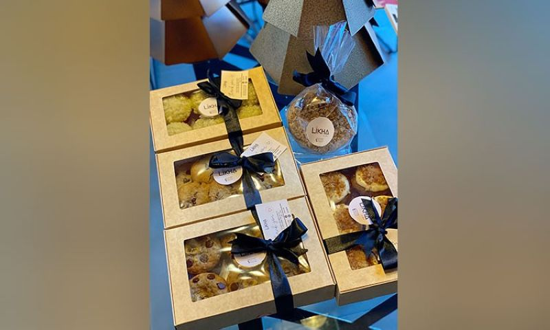 PAMPANGA. Boxes of baked goodies from Likha ni Tine. (Charlene A. Cayabyab)