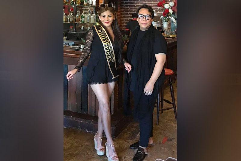 BEAUTY QUEEN: Aida Patana ug ang sikat nga designer nga si Cary Santiago. / Tampo