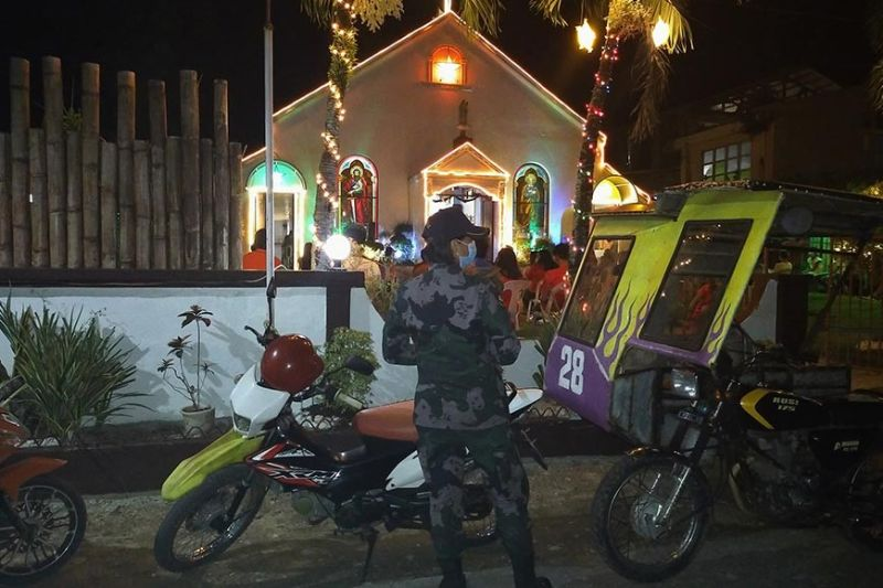 LEYTE. Limasawa Municipal Police Station personnel conduct police visibility to ensure peace and security during the Christmas celebration in the island municipality of Southern Leyte. (Photo from Limasawa PNP)