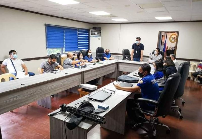 NEGROS. Talisay City Mayor Mayor Nilo Jesus Antonio Neil Lizares III convenes the City Disaster Risk Reduction and Management Council on Monday, in response to the damage brought by the recent flash flood affecting 17 barangays of the northern Negros Occidental locality. (Talisay City PIO)