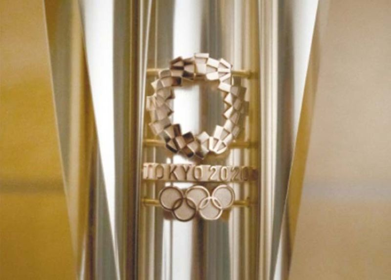 TEMPORARY SHELVED. An Olympic torch for the Tokyo 2020 Olympics is on display in Tokyo, Tuesday, March 24, 2020. Japan has announced Thursday, Jan. 7, 2021, that it is halting a public display of the Tokyo Olympic and Paralympic torches as Covid-19 cases rise. / AP