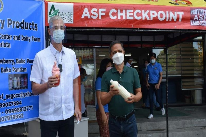NEGROS. Negros Occidental Governor Eugenio Jose Lacson and Provincial Veterinarian Renante Decena during the launching of provincial yogurt ice cream, which is one of the dairy products produced and processed at the Provincial Livestock Breeding Center and Dairy Farm in Barangay La Granja, La Carlota City in 2020. (Contributed photo)