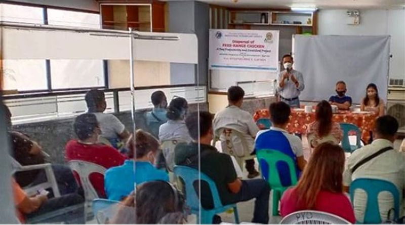 NEGROS. Provincial Veterinarian Renante Decena speaks at the livestock consultative conference held at the PVO Building in Bacolod City Thursday, January 28, 2021. (Contributed Photo)