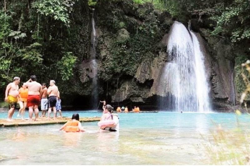 OPPORTUNITY IN THE POST-PANDEMIC ERA. Photo shows one of Cebu's tourism hot spots—the Kawasan Falls, a natural crowd drawer located in Badian in southwest Cebu. Australian Ambassador to the Philippines Steven Robinson says tourism is one of the industries that Australia and the Philippines can work together on after the pandemic. (SunStar file)